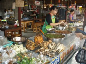 Living abroad - Shopping at a food market in Chiang Mai