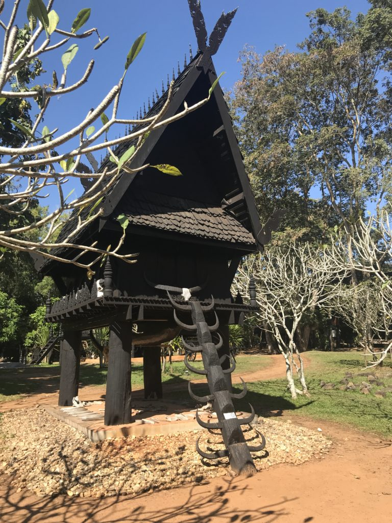 Treehouse with antler steps