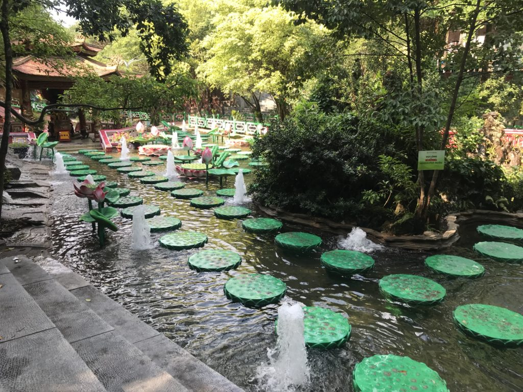 Lily pad stepping stones at Suoi Tien Theme park